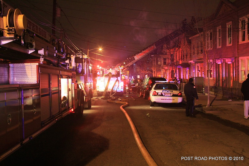 20100311-patterson-new-jersey-house-fire-north-5th-st-near-jefferson-post-road-photos-016