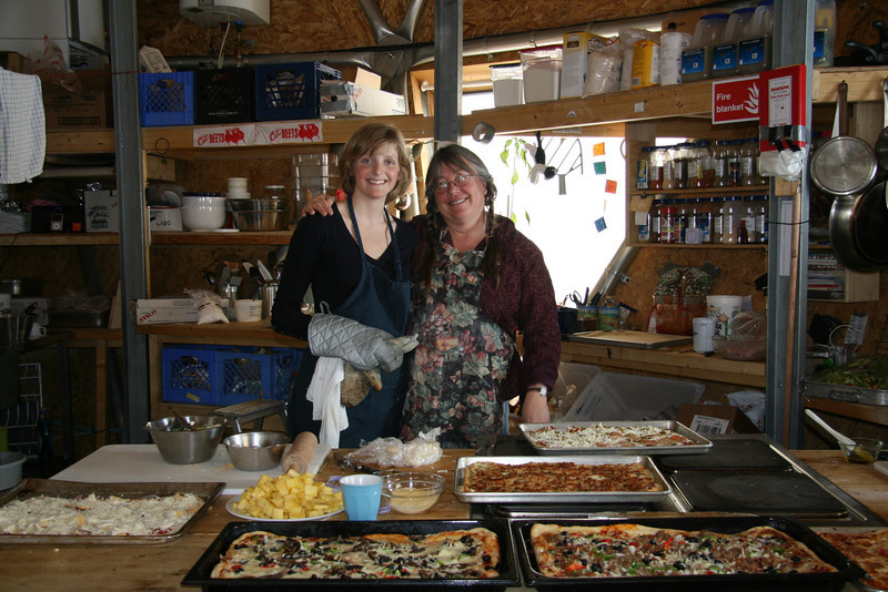 The chefs Louise and Sarah<br /> <br /> Photo: J.P. Steffensen and M. Leonhardt
