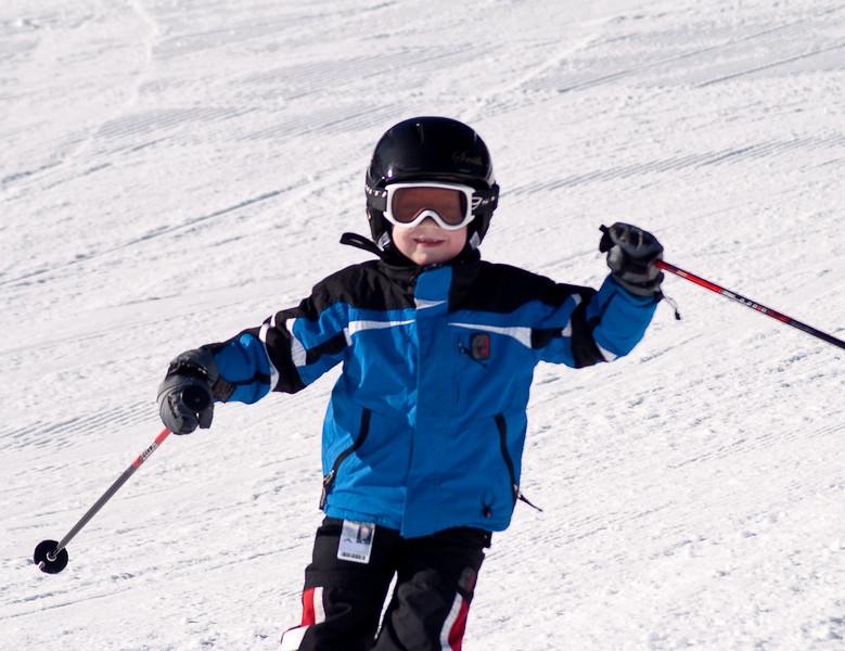 Lars skiing (last year)