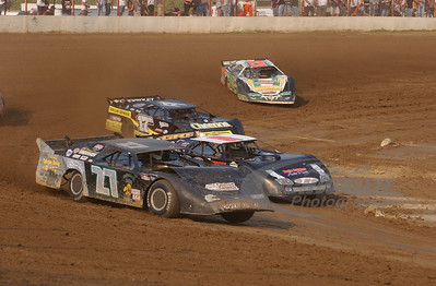 27 Shawn Martin, 17m Dale McDowell and 71 Chris Wall