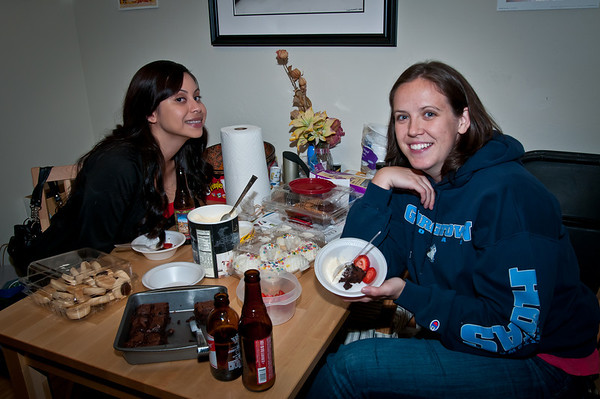 Sasha and fanny liked their dessert. It was so nice to have Sasha back for the weekend!