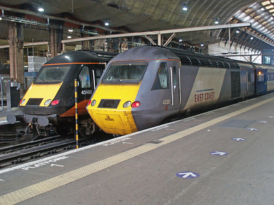 43480 and 43320 sit at Kings Cross.