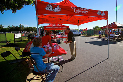 Alumni tailgating before the football game; September 04, 2010.
