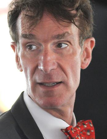 Science guy: Headshot of Bill Nye the science guy.