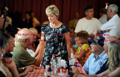 8/31/2010 Mike Orazzi | Staff Linda McMahon while at the Crocodile Club, at Lake Compounce on Tuesday.