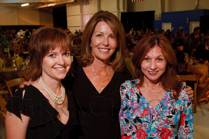 "(Broomfield, Colorado, Sept. 24, 2010)<br /> With Southwest Airlines:  Tammy Knoblock, Jane McAtee, and Lori Mekled.  ""Starfish and Dreams,"" a benefit for ARC Thrift Stores, at Rotors of the Rockies in Broomfield, Colorado, on Friday, Sept. 24, 2010.<br /> STEVE PETERSON"