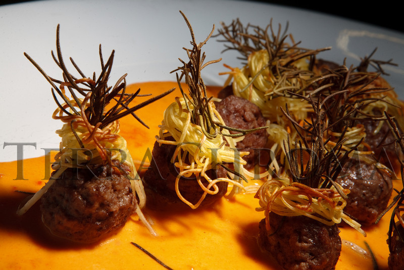 "(Thornton, Colorado, Sept. 11, 2010)<br /> Hors d'oeuvres from The Inventing Room:  Colorado lamb meatball wrapped in angel hair, with rosemary.  ""Sparkopolis,"" a benefit hosted by the Rangeview Library Friends Foundation, supporting the Rangeview Library District's collaborative public art project, ""This is Who We Are,"" at Anythink Wright Farms library in Thornton, Colorado, on Saturday, Sept. 11, 2010.<br /> STEVE PETERSON"