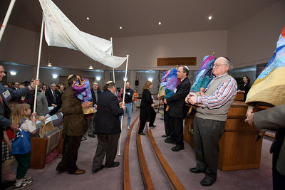 The new Torah scroll meets the four senior scrolls for the first time