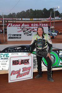 Scott Bloomquist won the Red Buck Cigars Fast Time Award