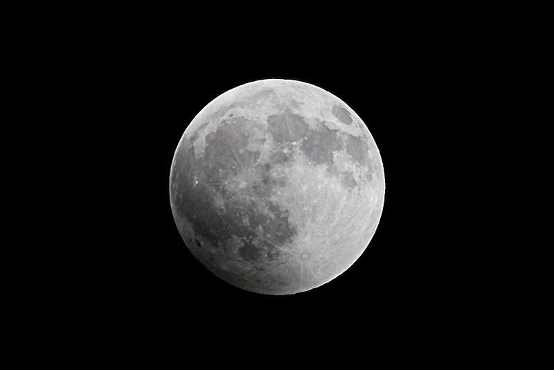 Total Lunar Eclipse on winter solstice, 2010.