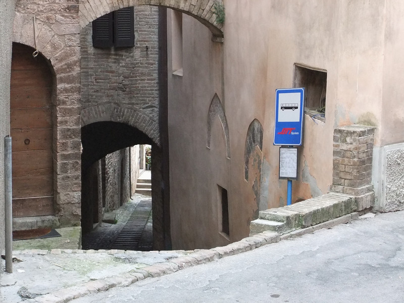 Spello, along Via Giulia:  count the arches.