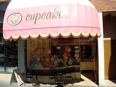 Apparently cupcakes have taken over Canada, too