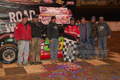 Ray Cook and crew in Victory Lane @ Volunteer Speedway