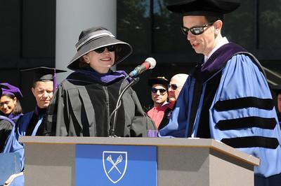 Professor Martha Grace Duncan receives the Emory Williams Teaching Award from Dean Robert Schapiro.
