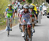 Scarponi has accelerated, a move that has forced Vinokourov and Sastre to go backwards...