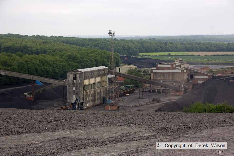 100525-016     Looking down from the spoil heaps at Welbeck, towards the prep plant & washery.