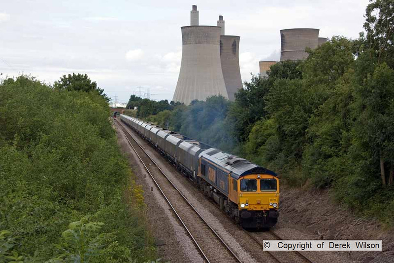 100728-020     GBRf class 66/7 no 66716 is seen leaving West Burton power station, powering train 4K53 West Burton-Maltby colliery.