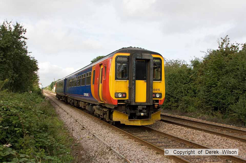 100904-001     East Midlands Trains class 156 unit no. 156405 is seen passing Bingham with the 08.15 Skegness - Nottingham.