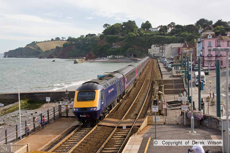100708-019     A First Great Western HST set is seen heading away from the camera , with 43131 at the rear of the train. It was captured passing Dawlish with the 15.06 London Paddington - Penzance.