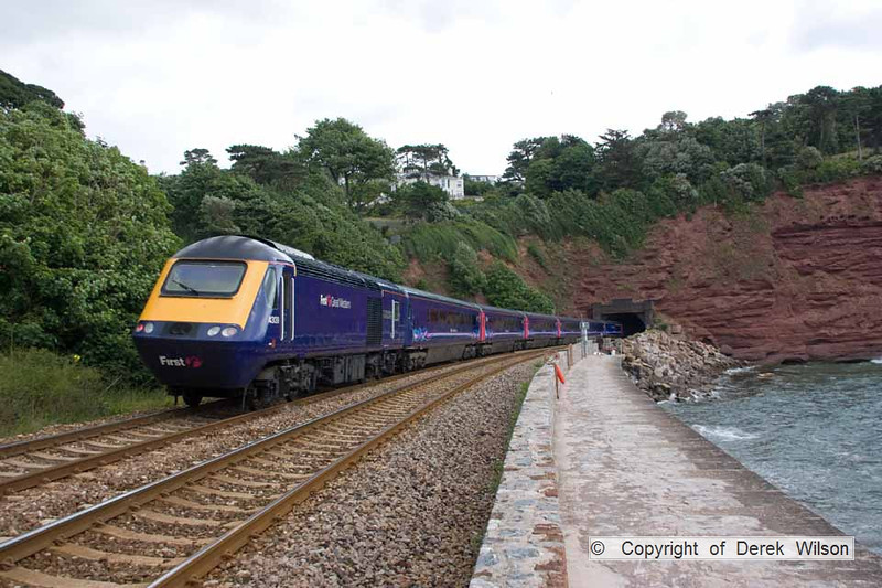 100704-004     A First Great Western HST with 43139 nearest the camera, at the rear of the train & 43071, out of sight at the front, passing Teignmouth with the 10.10 Plymouth-London Paddington.