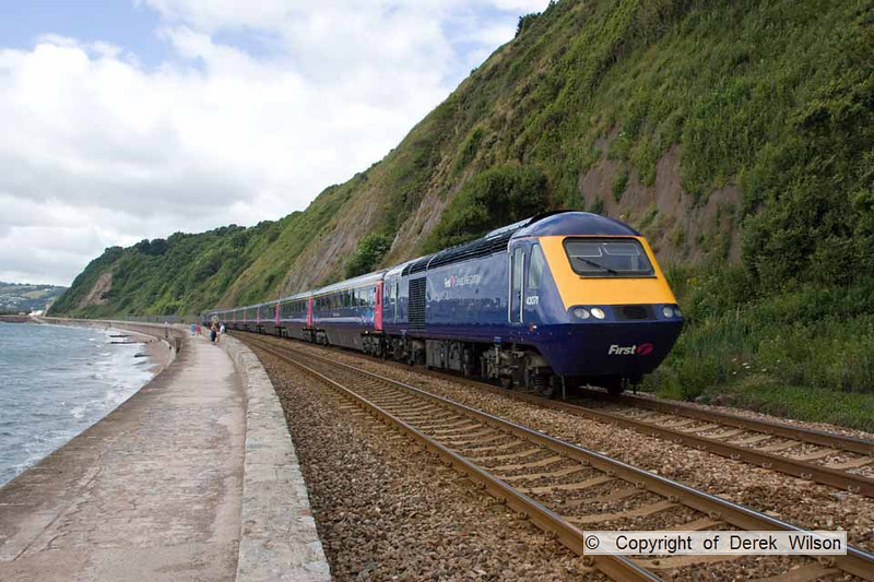 100704-003     A First Great Western HST powered by 43071 & 43139 passing Teignmouth with the 10.10 Plymouth-London Paddington.