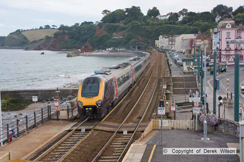 100708-027     Cross Country Trains class 220 'voyager' unit no 220004 passes through Dawlish with the 14.07 Manchester Piccadilly-Paignton.