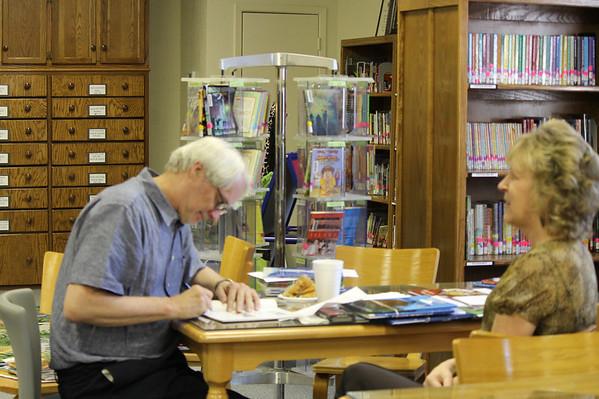 es-visiting-author-2011-09-28