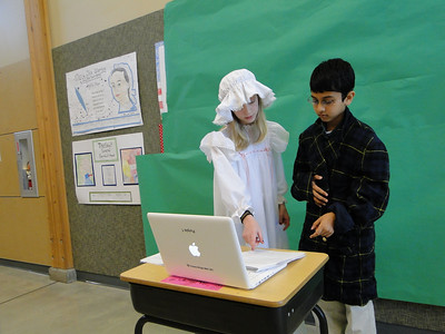 Colonial re-enactments in ComicLife and iMovie