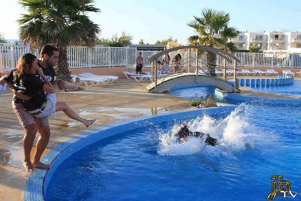 2011-09-22 -fin apéro assos & delphine à l'eau- 21