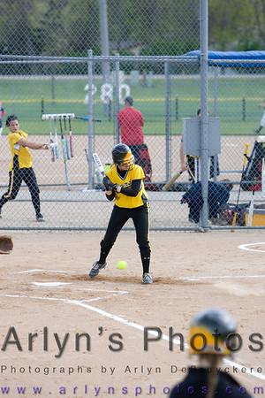 Hutch Softball vs Orono