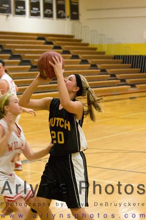 Hutch Girls Basketball vs Willmar
