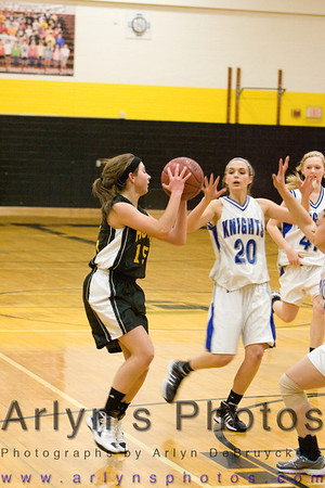 Hutch Girls Basketball vs LCWM