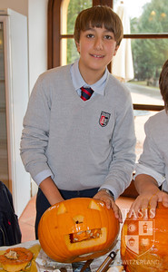MS - 6th Grade Pumpkin Carving