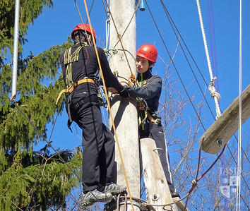 Tenth Grade Outward Bound - Spring Academic Travel 2012