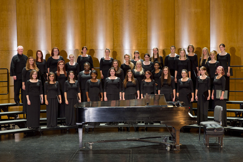 Buffalo State Women's Chorus group photo.