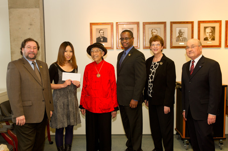 Presentation of Francis Tyau and Elenor Blackburn Scholarships.