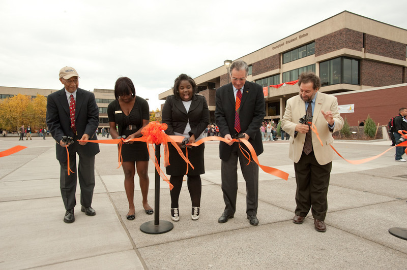 Ribbon cutting for renovated quad and Union Bash student celebration of Inauguration.