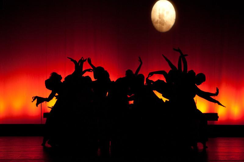20110426_ewf_dance_show_001