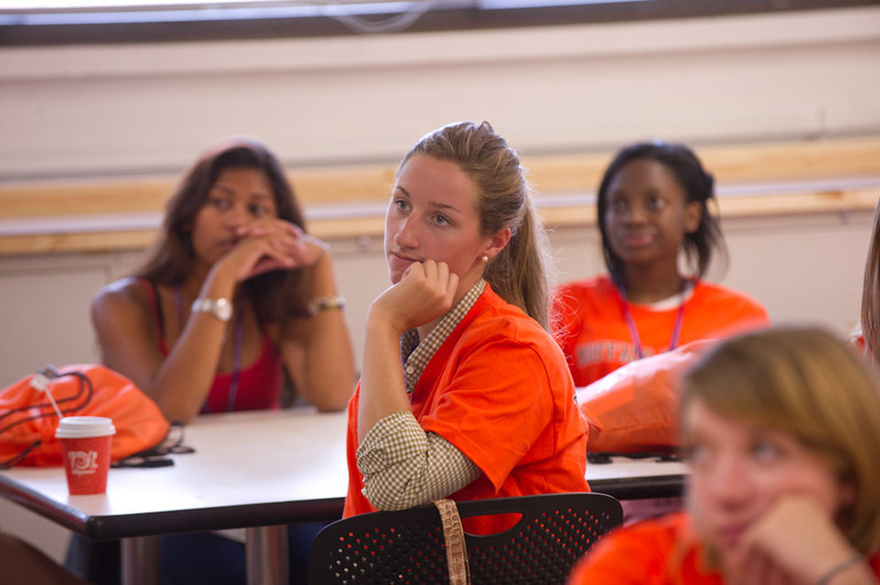 """Students meeting with department faculty at """"Meet Your Faculty"""" event during first year orientation."""
