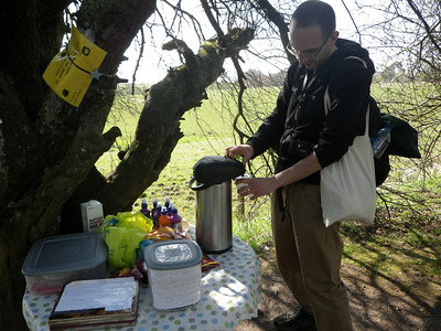 How cute is that? 'Honesty shop' with tea, coffee, soft drinks and cake - all prepared by a 12-year-old girl, raising funds for a project in Chile. The guy in the picture is Babak, whom I met at the start of the tour in Milngavie. We walked together for most of day one.