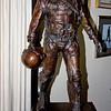 547-A-Statue-1