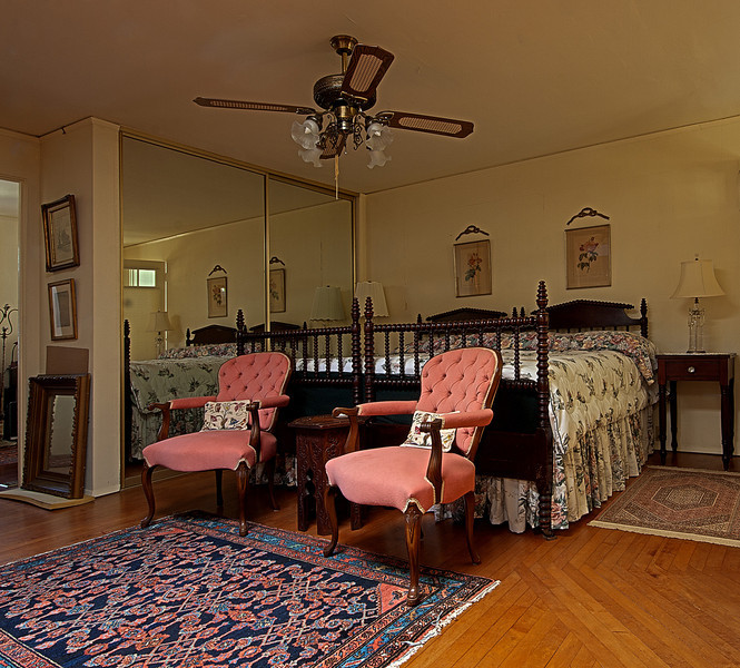 800-A-Bedroom-1