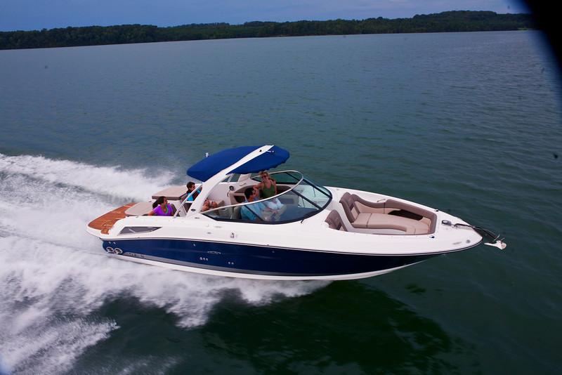 Sea Ray 300 SLX (2011)