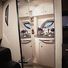 310DA_HEAD_07 Sea Ray 330 Sundancer (2011)