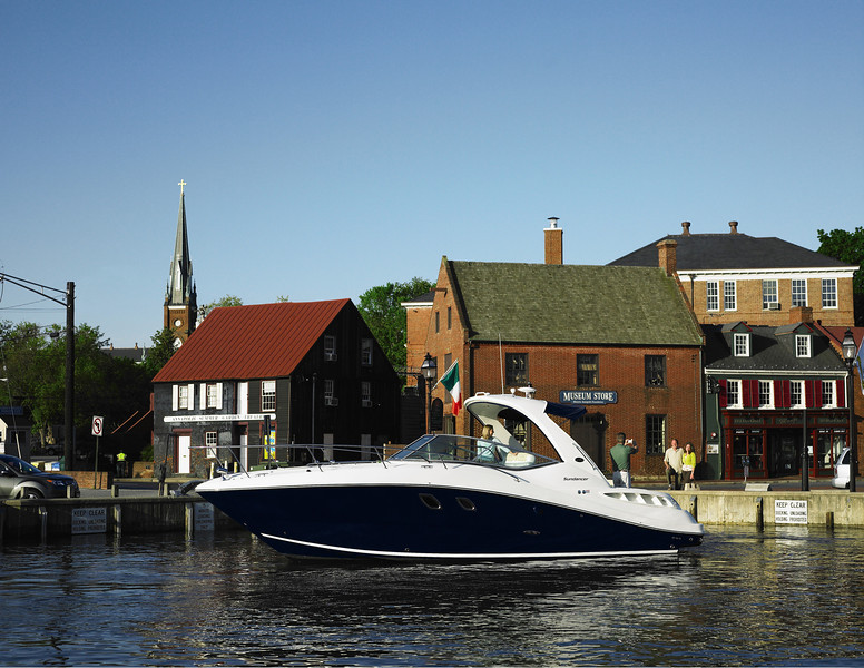Sea Ray 330 Sundancer (2011)