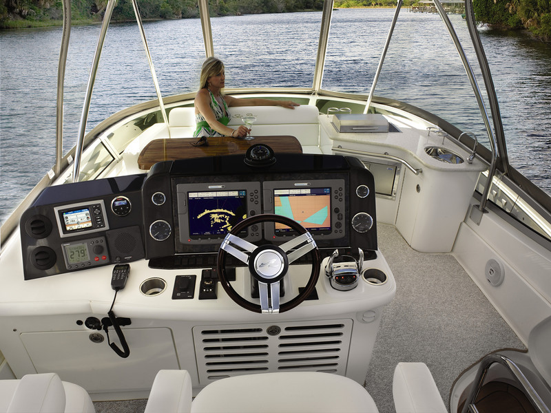Sea Ray 47 Sedan Bridge (2011)