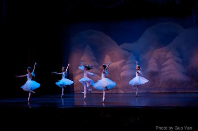 2011-12-10-Sat-#03-ACT1-Snow
