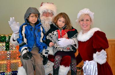 12 Santa'sLap