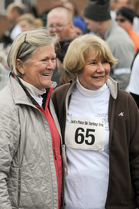 Missiy Cuningham (left) with a friend