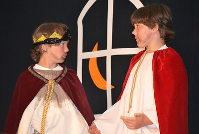 13Theseus and Egeus